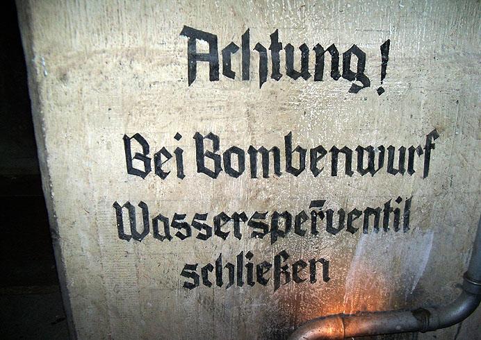 Guestbook from www.bunker-whv.de